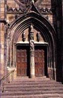 Portes classées monuments historiques-St Côme d'Olt-Aveyron