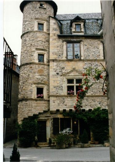 La maison Renaissance de Ste Eulalie d'Olt - Aveyron - France
