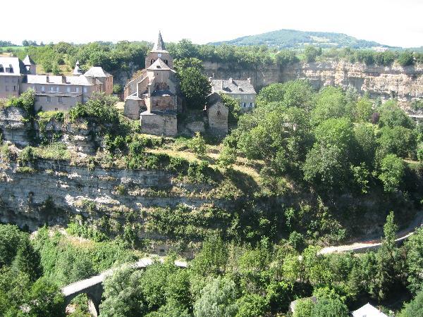 Canyon de Bozouls creusé par le Dourdou - Aveyron