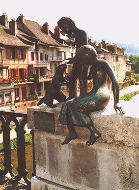 Les Marmots sur le pont du Lot - St geniez d'Olt - Aveyron