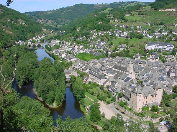 Entraygues carrefour et confluent - Aveyron - France